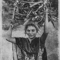 Gumoil Indian woman