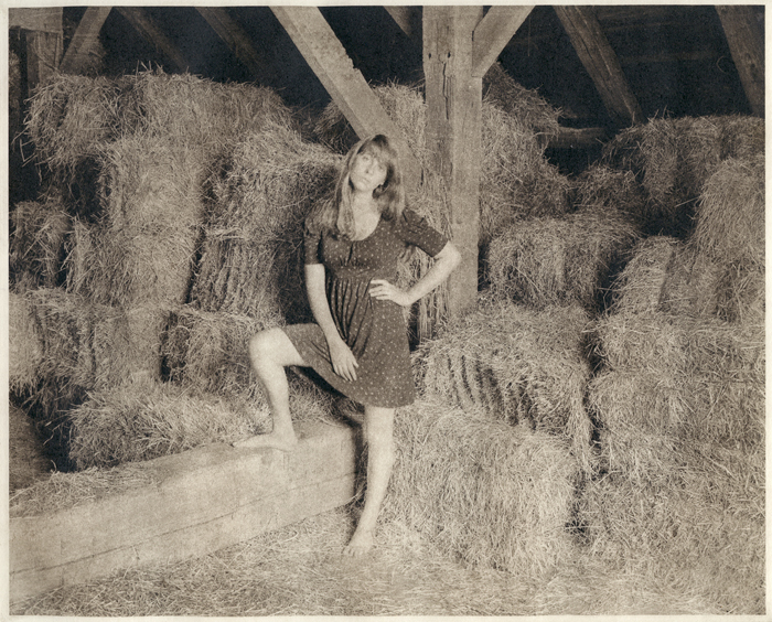 Photogravure Leah in the Straw