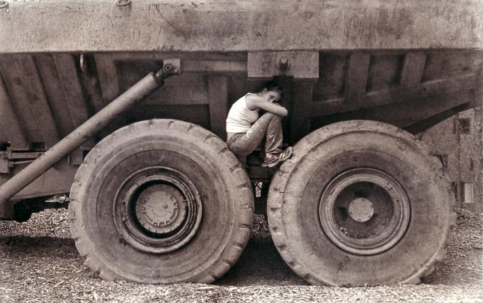 Photogravure Wheelie