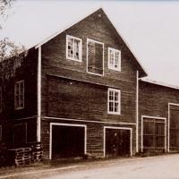 Vandyke-factory01