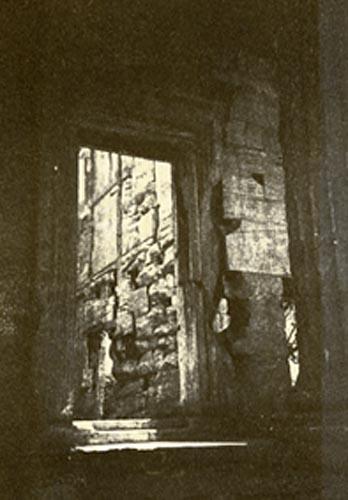 Temperaprint doorway erectheum