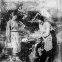 Bromoil-Ladies-at-the-well
