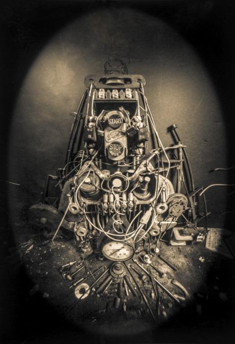 Pinhole-MWP-TOTEM-MACHINE