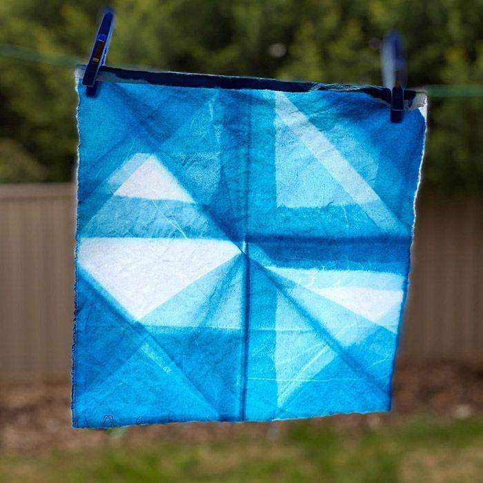 Doug-Spowart-Australia-Folding-the-handkercheif