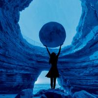 Gabi-Janis-USA-New-Moon
