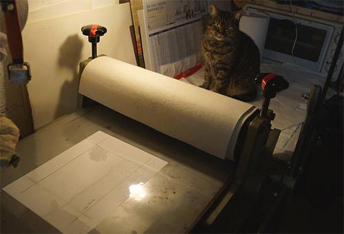 An intaglio press in Hervé Sachy's studio.